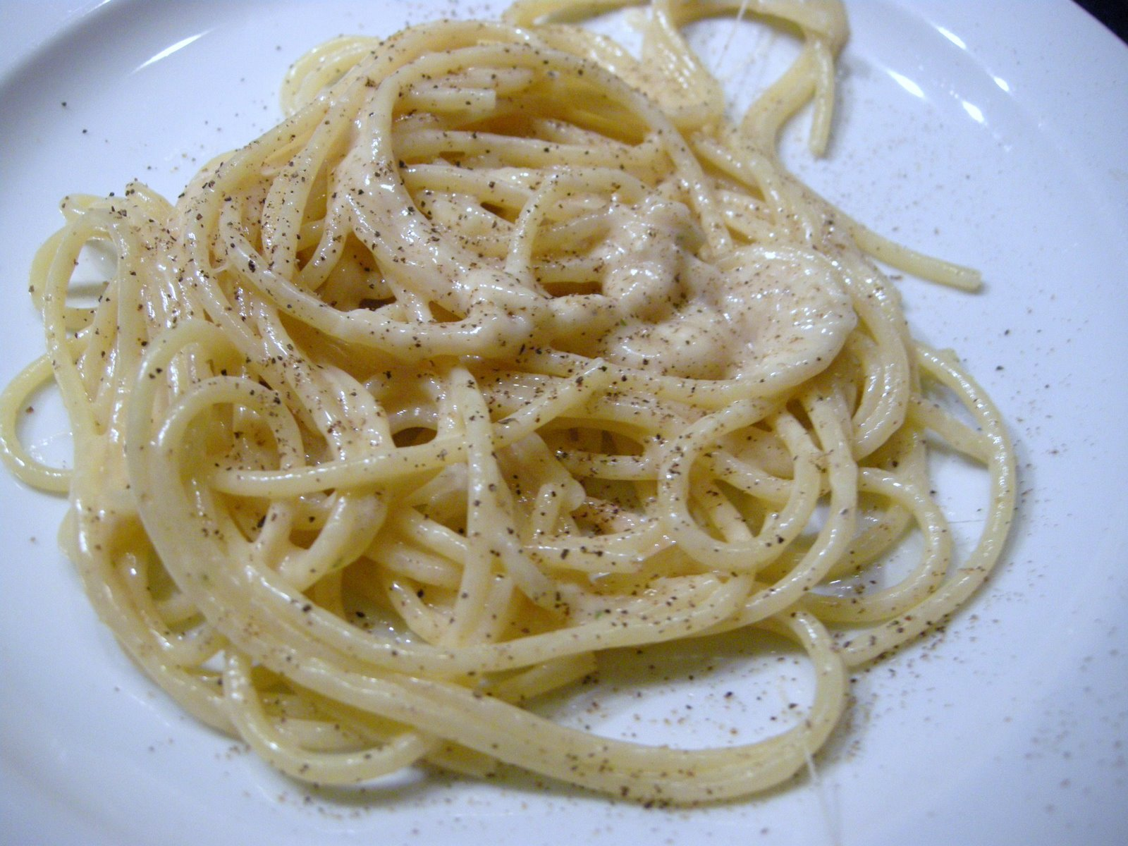 Spaghetti Cacio e Pepe - from scratch
